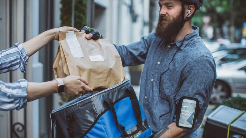 make moey online delivering food
