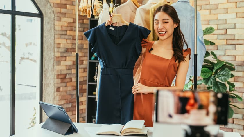 make money online selling used clothing